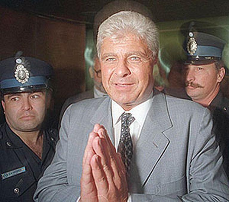 Yabrán era sospechado por tener relaciones corruptas con el poder y en sus empresas