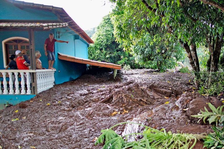En Brumadinho, el lodo arrasó con todo a su paso y cubrió las casas