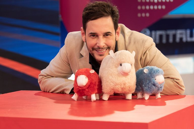 Rodrigo Lussich al frente de El show de los Escandalones, uno de los ciclos con mejor audiencia en el fin de semana de América