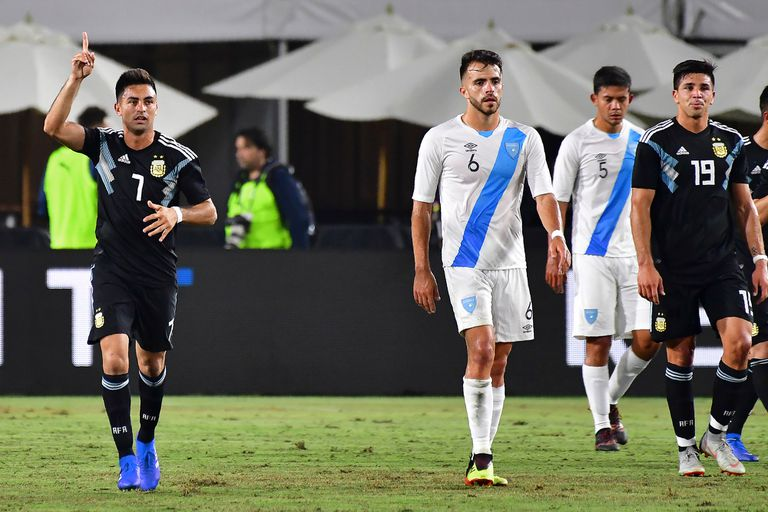 La selección goleó por 3-0 a Guatemala en su primer partido después del Mundial