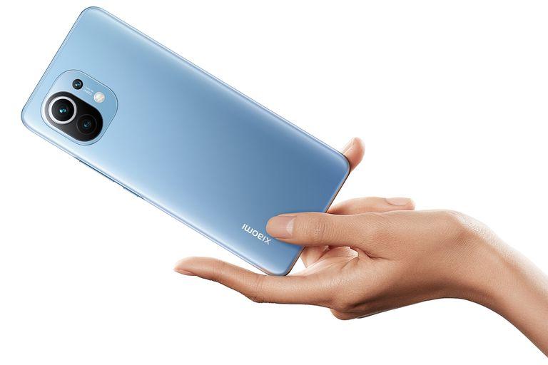 El Xiaomi Mi 11 tiene un chip Snapdragon 888, pantalla de 6,8 pulgadas y una cámara principal de 108 megapixeles