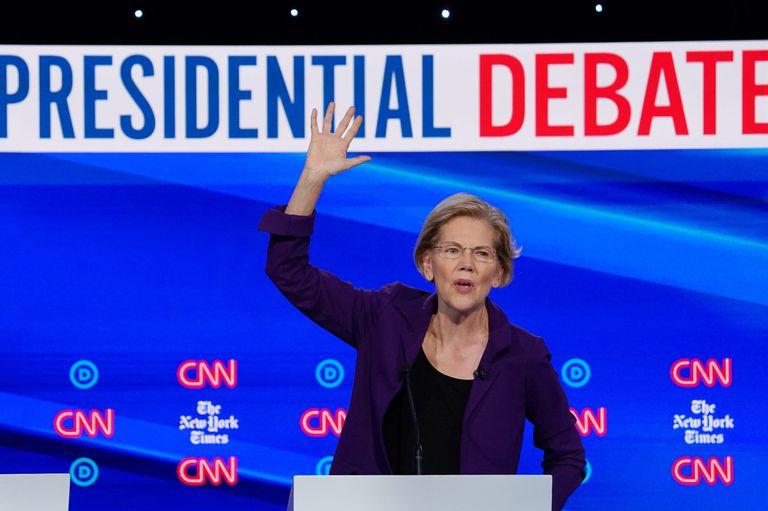 Debate: los demócratas apuntaron contra Trump y contra Warren, la favorita