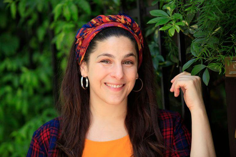 Vane Butera canta sus canciones por streaming