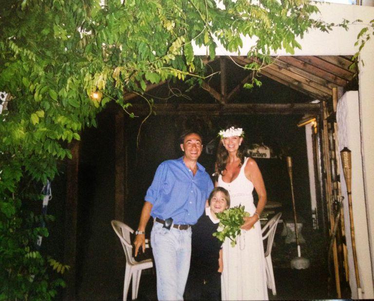 La boda simbólica entre Adriana y Alejandro que organizó el pequeño Lautaro