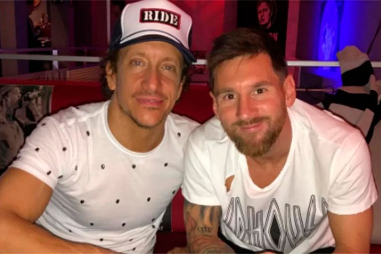 El actor le pidió un favor a su amigo y Lionel Messi accedió