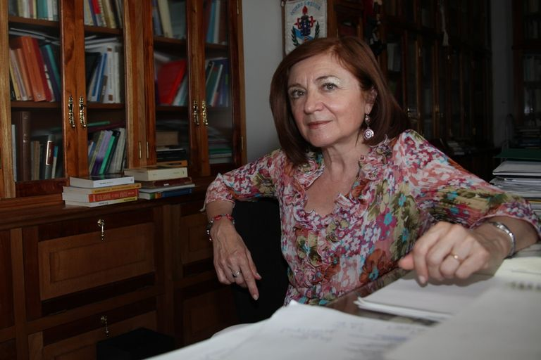"""Para María Rosa Lojo, es necesario """"comerse"""" a Borges y bajarlo del pedestal"""