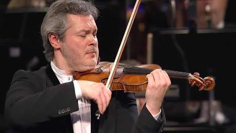 Repin toca en un Stradivarius de 1733