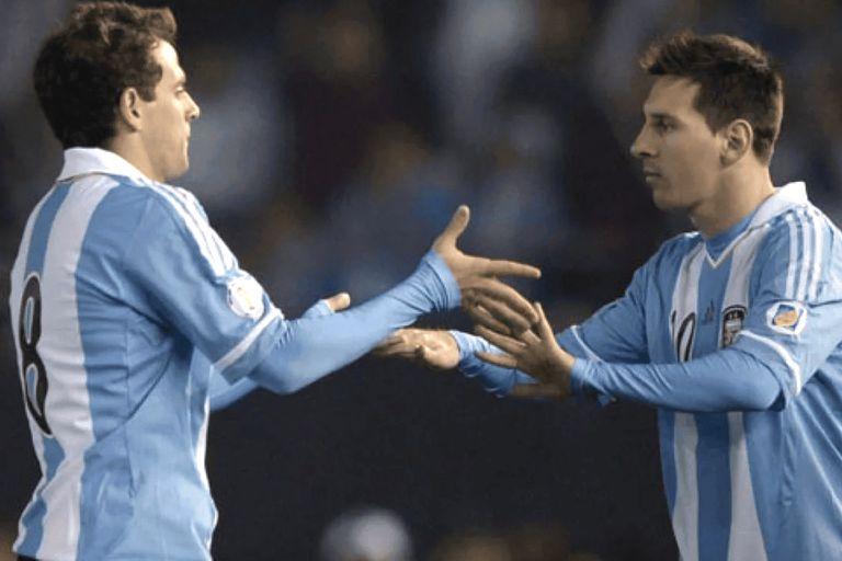 Sale Montillo, entra Lionel Messi; aunque Walter se saque mérito, esto ocurrió una vez.