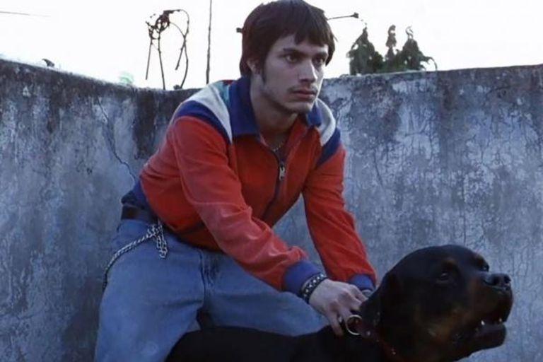 Amores perros lanzó al estrellato al actor Gael García y a su director, Alejandro González Iñárritu