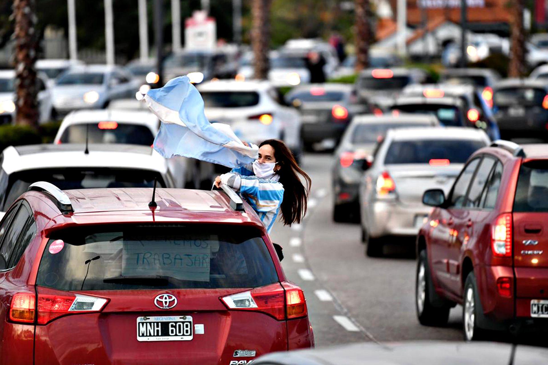 En la ciudad de Tigre la protesta se realizó con una caravana de vehículos
