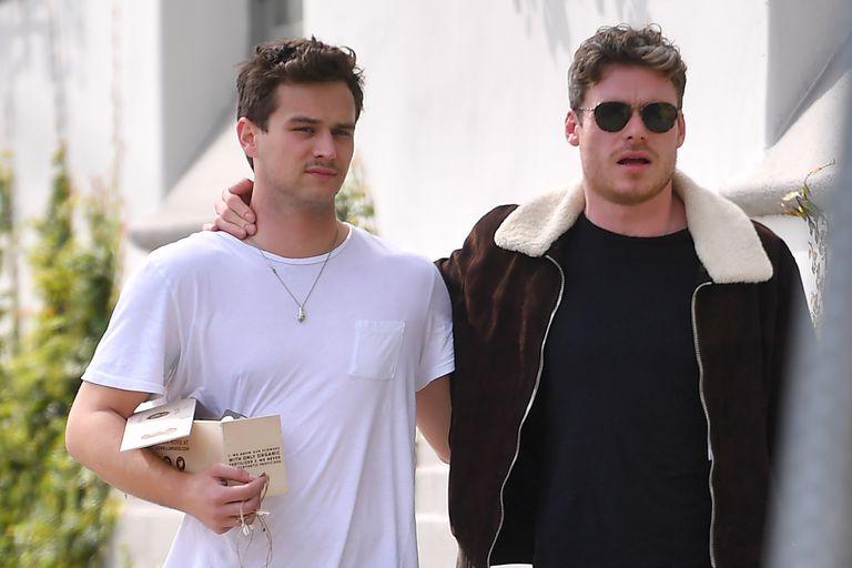 Las fotos que confirmarían el romance entre Richard Madden y Brandon Flynn