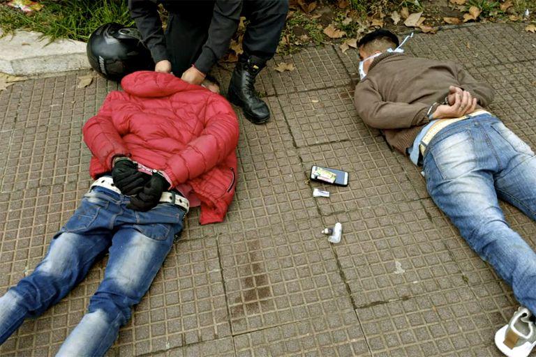 La violencia del delito aumentó en la cuarentena, según afirman funcionarios e intendentes
