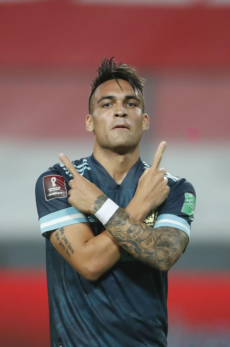 Lautaro Martinez celebra su gol contra Perú en Lima, en noviembre pasado, en el último partido de la selección: fue triunfo por 2-0, por las eliminatorias.