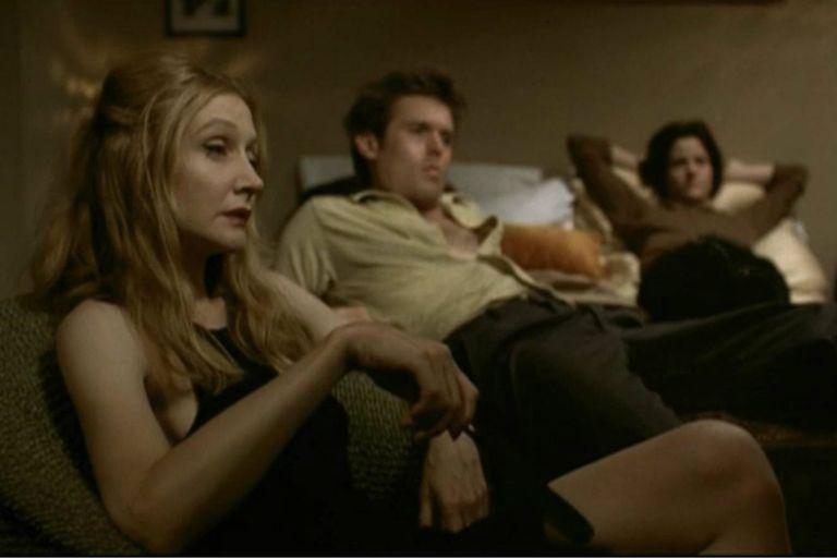 Patricia Clarkson en High Art, de Lisa Cholodenko, junto a Ally Sheedy (derecha)