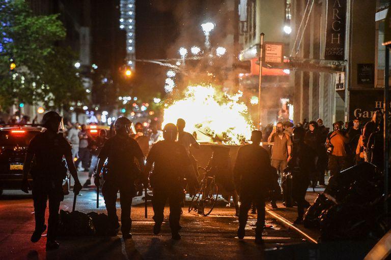 Los movimientos de protesta vuelven a encenderse alrededor del mundo
