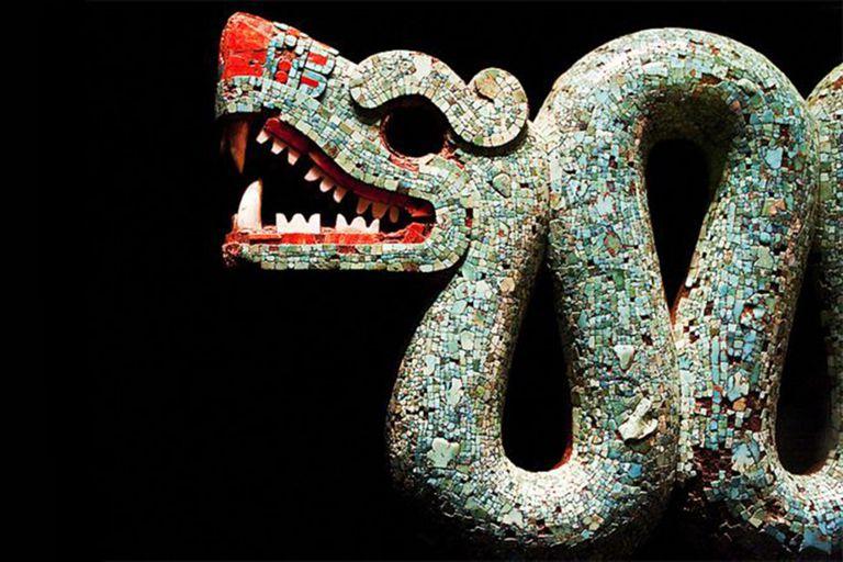 La Serpiente azteca de dos cabezas es otro de los tesoros prehispánicos que se encuentra en el Museo Británico de Londres