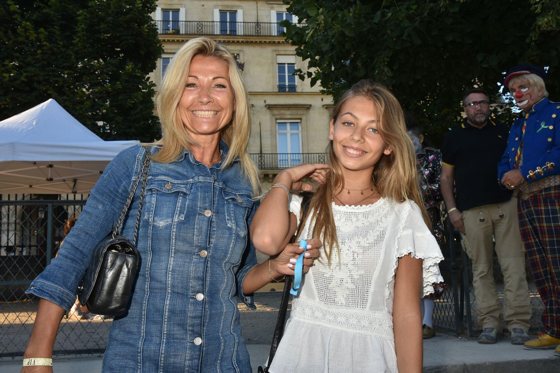Natty Tardivel Belmondo y su hija Stella, la cuarta descendiente de Jean Paul Belmondo