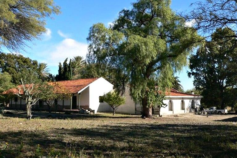 La extensión original del Parque Nacional Traslasierra correspondió a la estancia Pinas, que perteneciera al cordobés Juan Feliciano Manubens Calvet