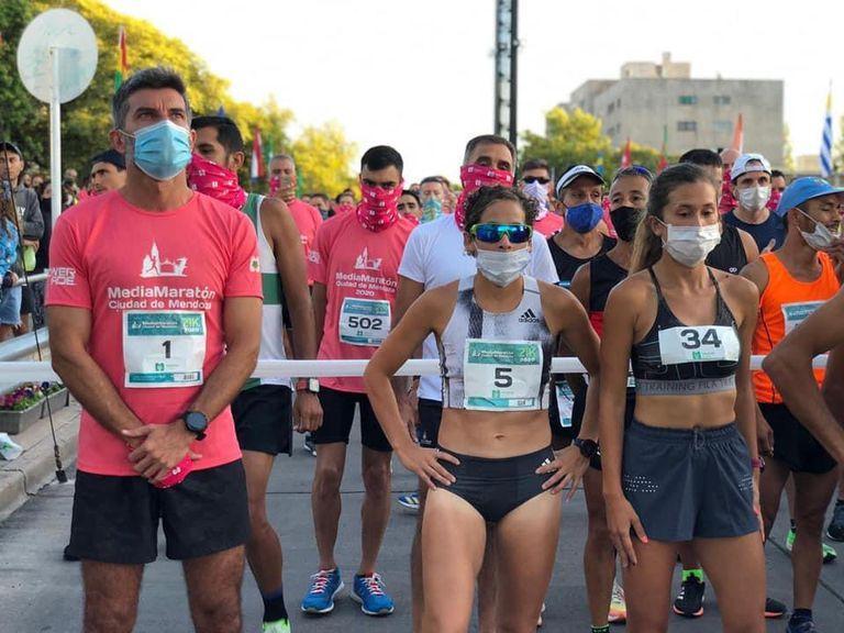 Protocolos de entrega de kits en la Media Maratón de Mendoza