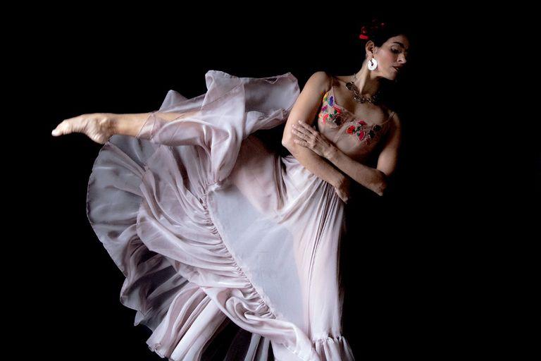 """""""Pies pa volar"""", una obra de danza sobre Frida Kahlo"""