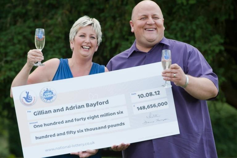 La pareja ganó 148 millones de libras esterlinas en 2012