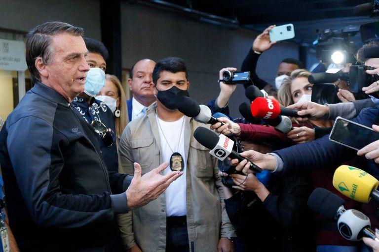 El presidente brasileño, Jair Bolsonaro, durante una conferencia de prensa en el Hospital Vila Nova Star de Sao Paulo