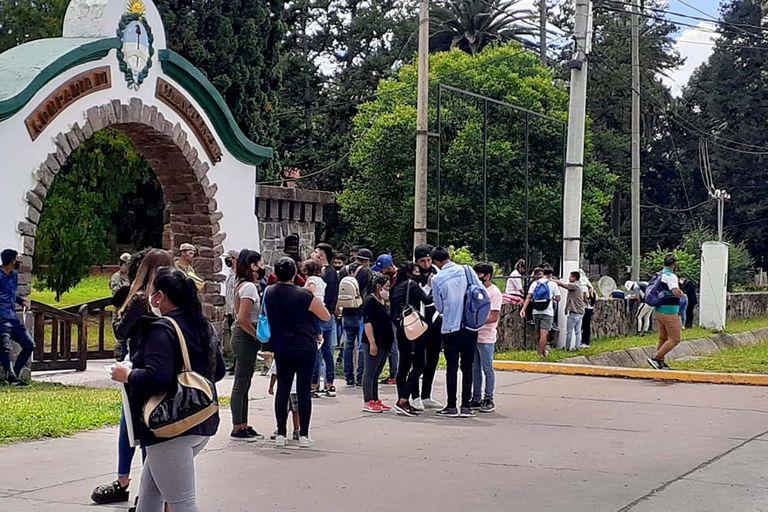 Salta: miles de jóvenes se anotaron para ingresar al Ejército como voluntarios