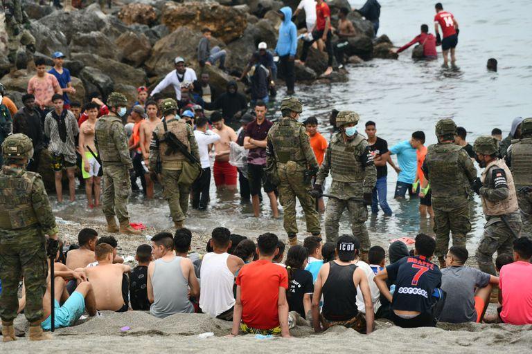 Ceuta. 4 claves que explican el récord de migrantes de Marruecos a España