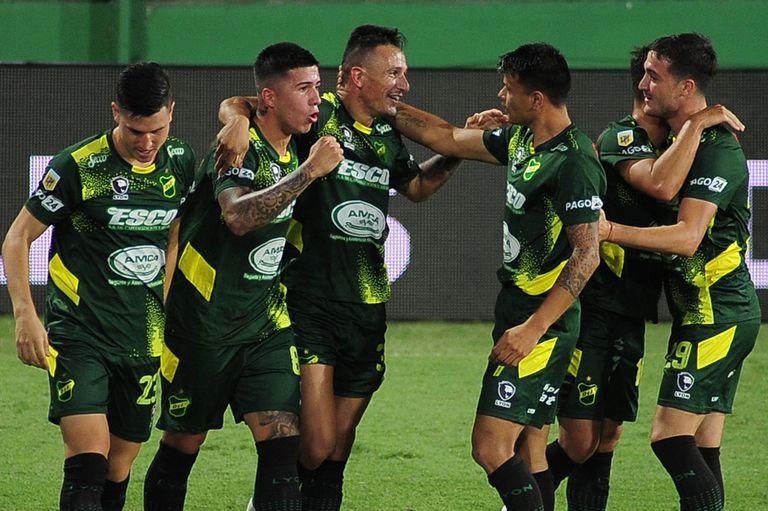 Defensa y Justicia armó un festival de goles ante Newell's, en la despedida de Kudelka como DT de los rosarinos