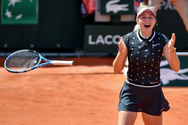Amanda Anisimova venció a Simona Halep, defensora del título