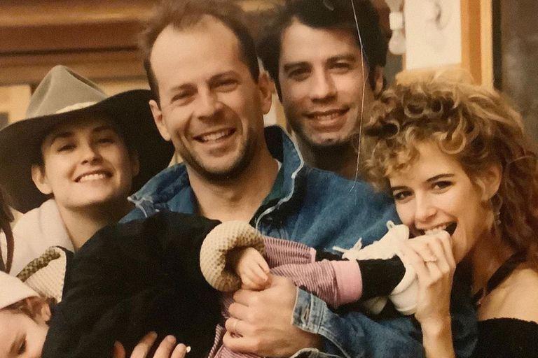 Demi Moore recordó a Kelly Preston con una foto retro junto a Travolta y Willis