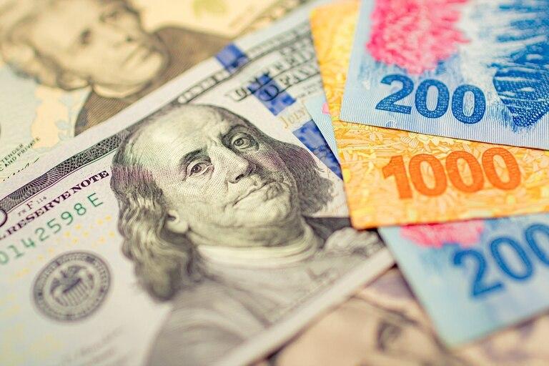 Dólar, bonos y acciones, las mejores inversiones antes de las elecciones legislativas.