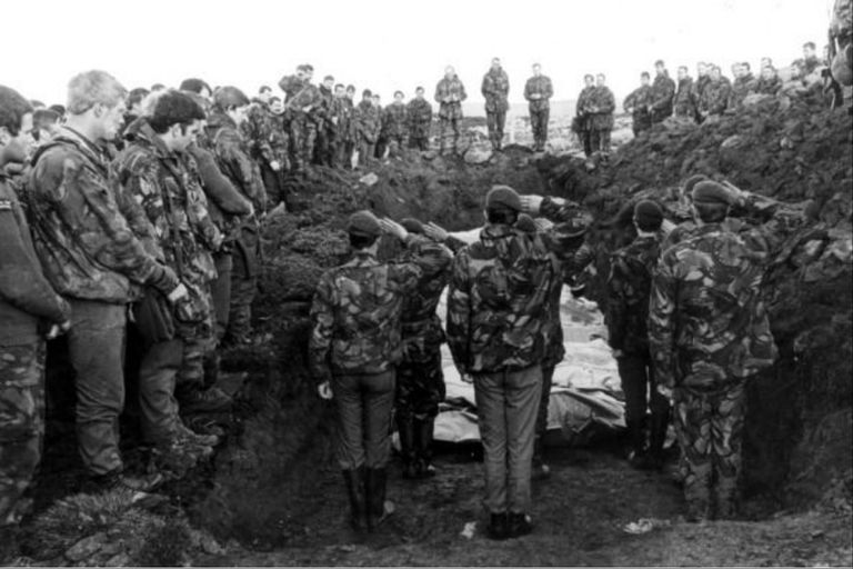 Las historias de los cuatro nuevos soldados de Malvinas que fueron identificados