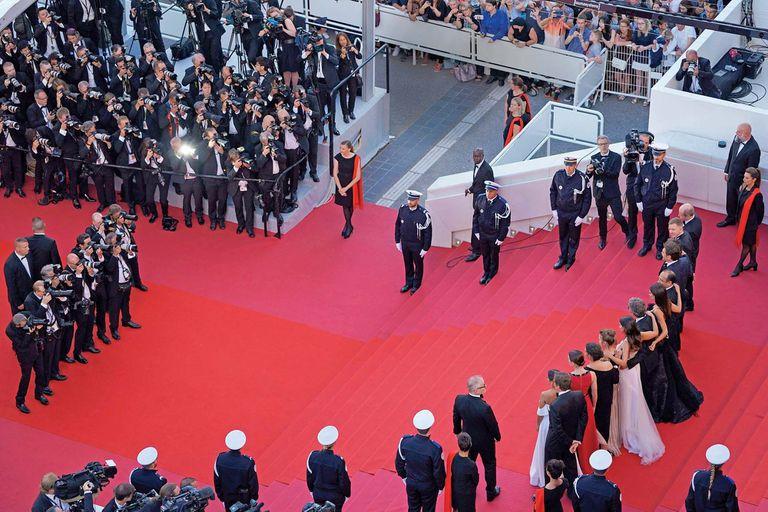 Si bien ya había ido en varias oportunidades, esta es la segunda vez consecutiva que Ricardo Darín recorre el tapis rouge del Palais des Festivals