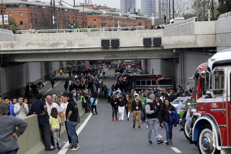 La gente participó de los eventos previos a la inauguración del Paseo del Bajo