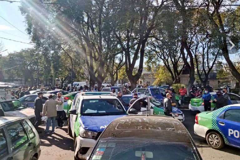 Los manifestantes utilizaron móviles oficiales para sumarse a las protestas
