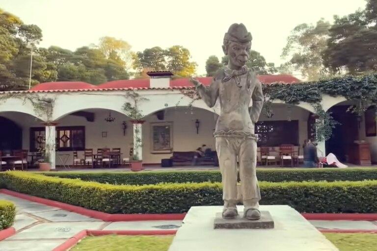 La hacienda La Purísima ubicada en Ixtlahuaca, México, fue vendida y hoy permanece abierta como un hotel que preserva la historia del comediante