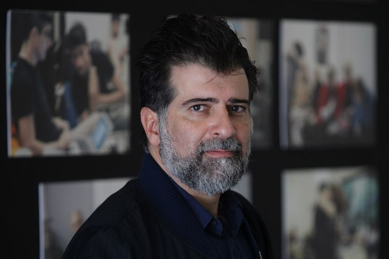 """El actor y director de teatro Rafael Spregelburd estará mañana en """"Presente discontinuo"""""""