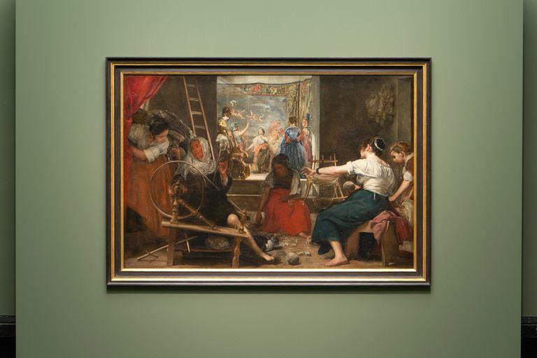 Presentación del nuevo enmarcado de 'Las hilanderas' de Velázquez en el Museo del Prado