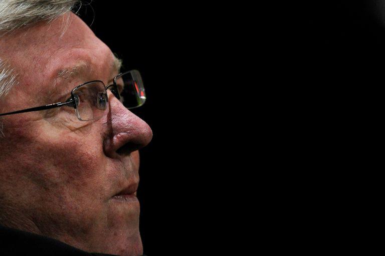 Alex Ferguson sufrió un derrame cerebral y fue intervenido de emergencia