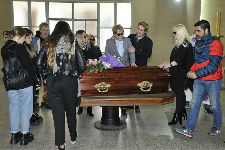 El último adiós a Nélida en el Cementerio de la Chacarita