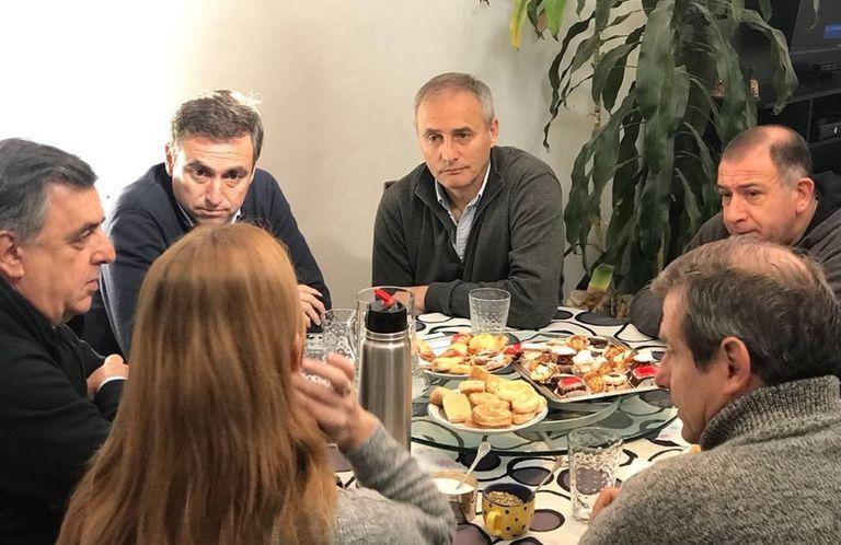 Córdoba: los intendentes de Cambiemos debaten si despegan las elecciones locales