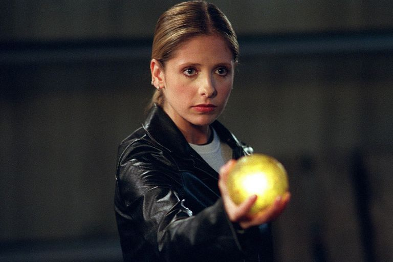 Buffy, la cazavampiros: la serie sobre una heroína inusual que se adelantó a su época