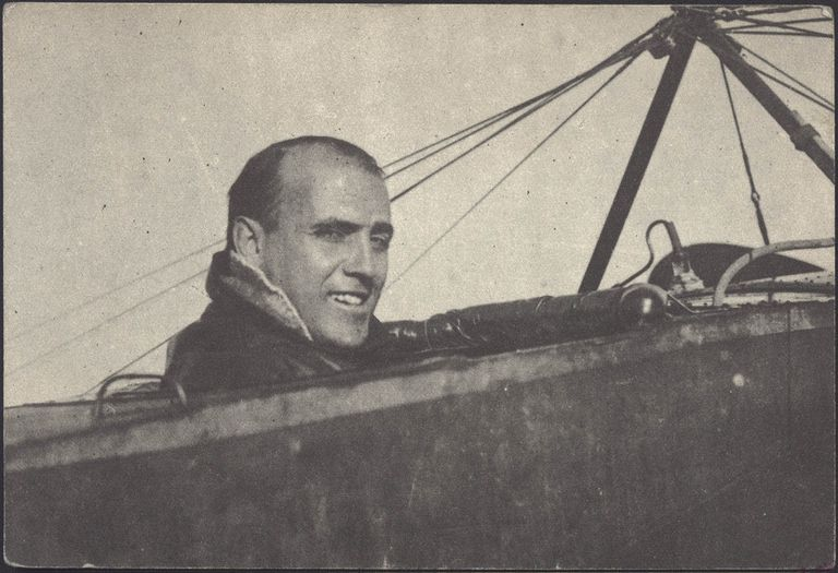 En 1914, Newbery quería ser el primero en atravesar la Cordillera de los Andes. Fue un pionero de la aviación argentina.