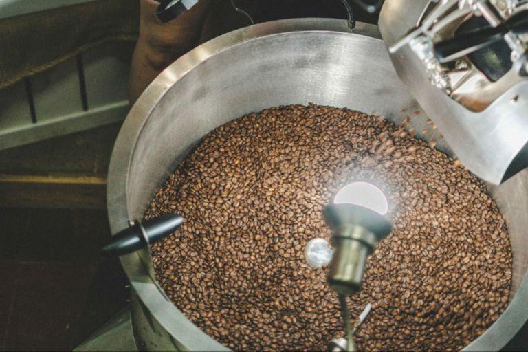 """Efecto Covid. """"Todo se desmorona"""": la crisis del café sin precedentes en Brasil"""