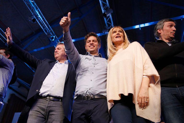 Alberto Fernández, Axel Kicillof, Verónica Magario y Máximo Kirchner, en el búnker de Frente de Todos