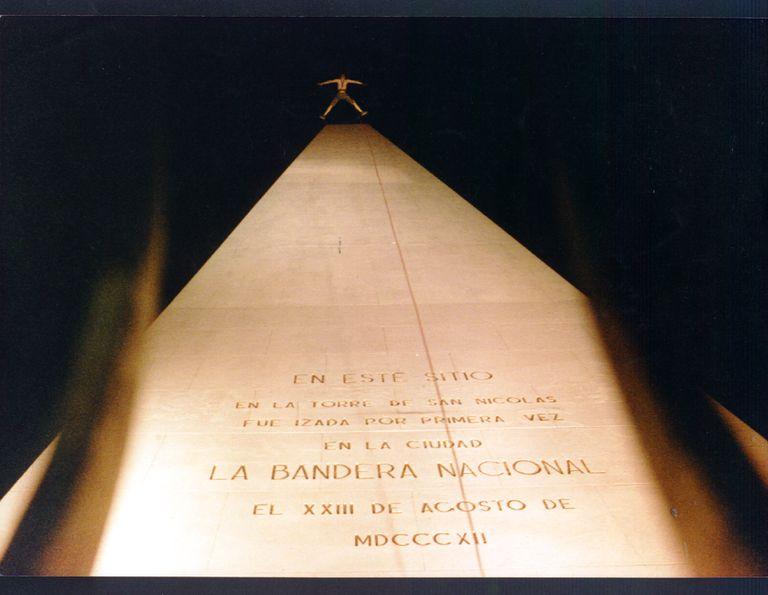 La performance que puso al Obelisco en el eje de la polémica y fue posible gracias a Alberto Fernández
