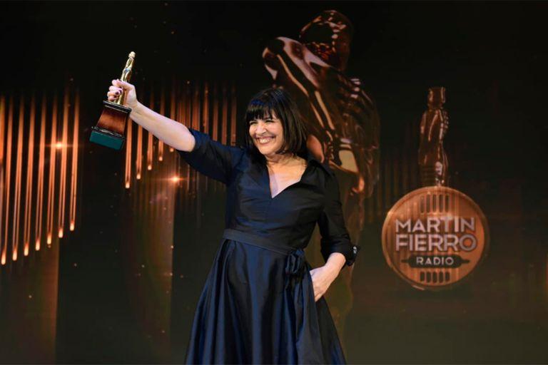 Elizabeth Vernaci se llevó el Martín Fierro de Oro a la Radio