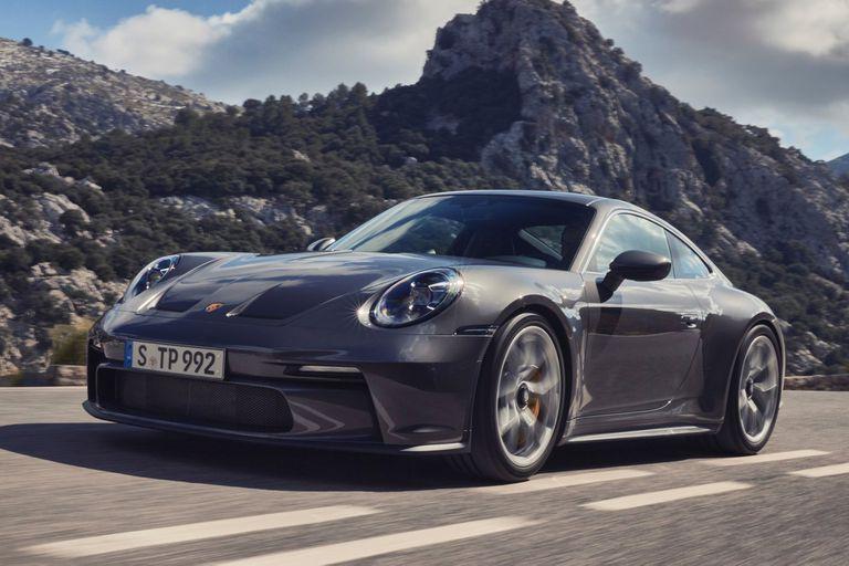 El Porsche 911 GT3 Touring no necesita presentación: 510 CV de potencia y solo 1418 kg de peso.