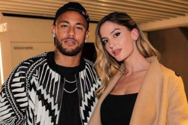 Natalia Barulich, la exnovia de Maluma, junto a Neymar